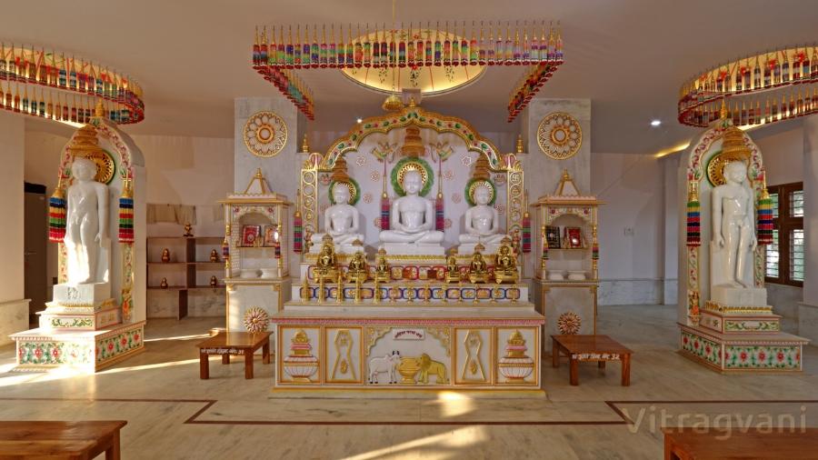 Shree 1008 Shantinath Kundkund-Kahan Digambar Jain Mandir Trust, Gourjhamar