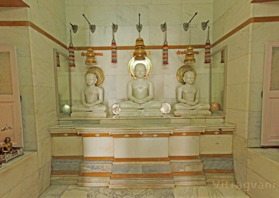 Bhagwan Shree Vardhamaan Swami Nu Digambar Jin Mandir, Wankaner